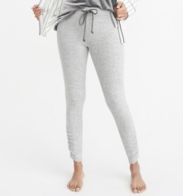 https://www.abercrombie.com/shop/us/p/cozy-cinched-leggings-10329328?seq=01&categoryId=6570724&ofp=true