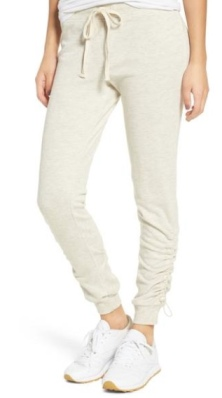 https://shop.nordstrom.com/s/socialite-cinched-joggers/4732197?origin=keywordsearch&keyword=joggers+women&top=72&price=%27Under%20%2425~~20%27%7C%27%2425-%2450~~30%27