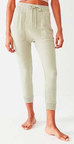 https://www.urbanoutfitters.com/shop/out-from-under-dont-wait-cozy-fleece-jogger-pant?category=SEARCHRESULTS&color=031